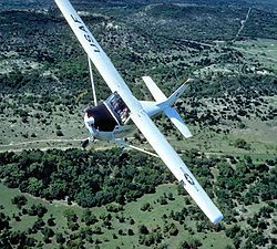Hondo Cessna T-41 Mescalero.jpgT-41 Mescalero de la Fuerza Aérea de los Estados Unidos.