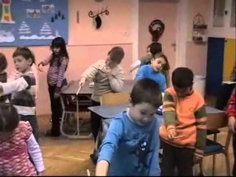 Belvárosi Általános Iskola 1.a. osztály Bemutató óra/1.rész - YouTube