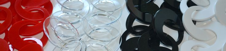 Selection of plexiglass polychains - particular www.scicche.it