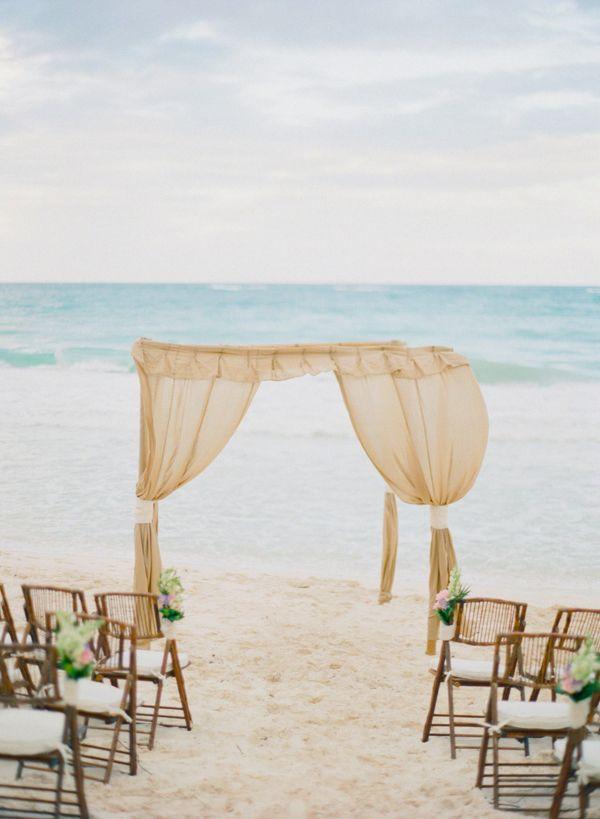 gorgeous beach ceremony altar // photo by Alea Lovely