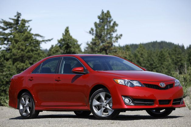 #Toyota #Camry re-earns CR 'Recommended' rating following crash tests.