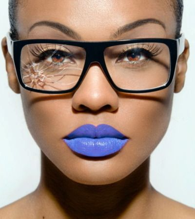Gorgeous blue lips ... could you rock this makeup look?