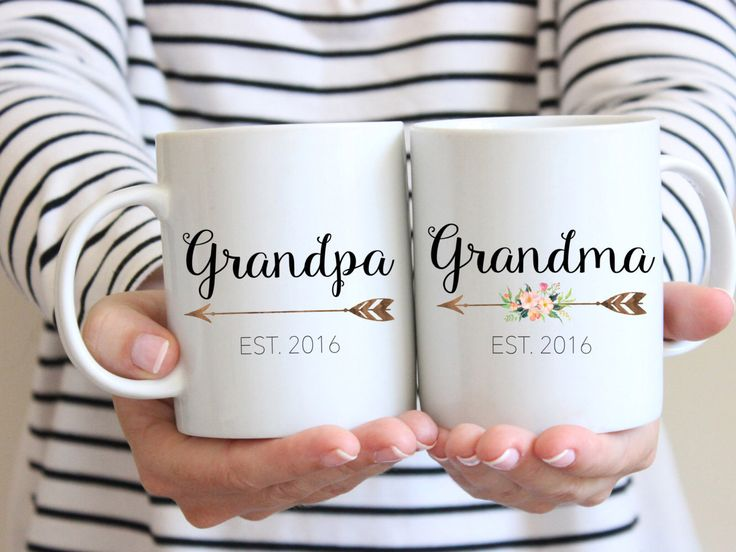 Gift for Grandparents, Mug Set, Couples Mug, Grandma Mug, Grandparent Gift, Pregnancy Reveal Mug, new grandparents, Grandpa mug, by BlueSparrowDesignsCo on Etsy https://www.etsy.com/listing/457641156/gift-for-grandparents-mug-set-couples