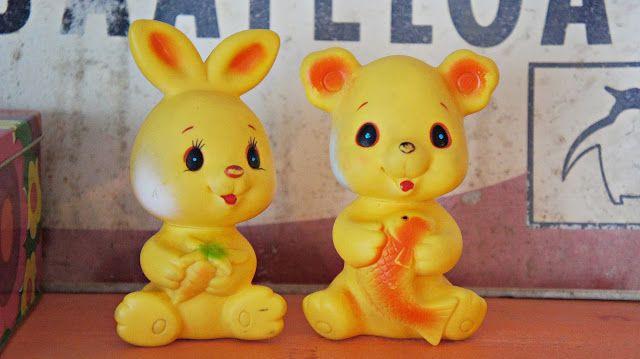 Hattaralandia: Keltaiset kaverukset ja virkattu viltti
