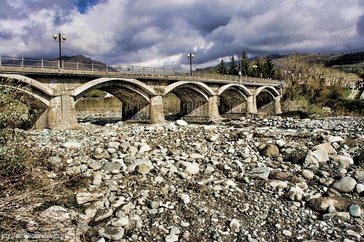 Luserna San Giovanni - Fotografie del torrente Pellice - Alcune fotografie del greto del torrente Pellice presso il ponte di Luserna San Giovanni (To) Italy