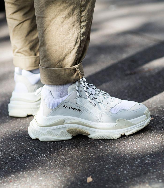 f701a09ddbd Balenciaga Triple S. Macho Moda - Blog de Moda Masculina  Os SNEAKERS em  alta pra 2018  10 Tênis que são Tendência. Sneakers 2018