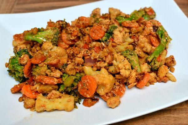 Kylling med linser til middag og bakt plomme til dessert (Bakekona)
