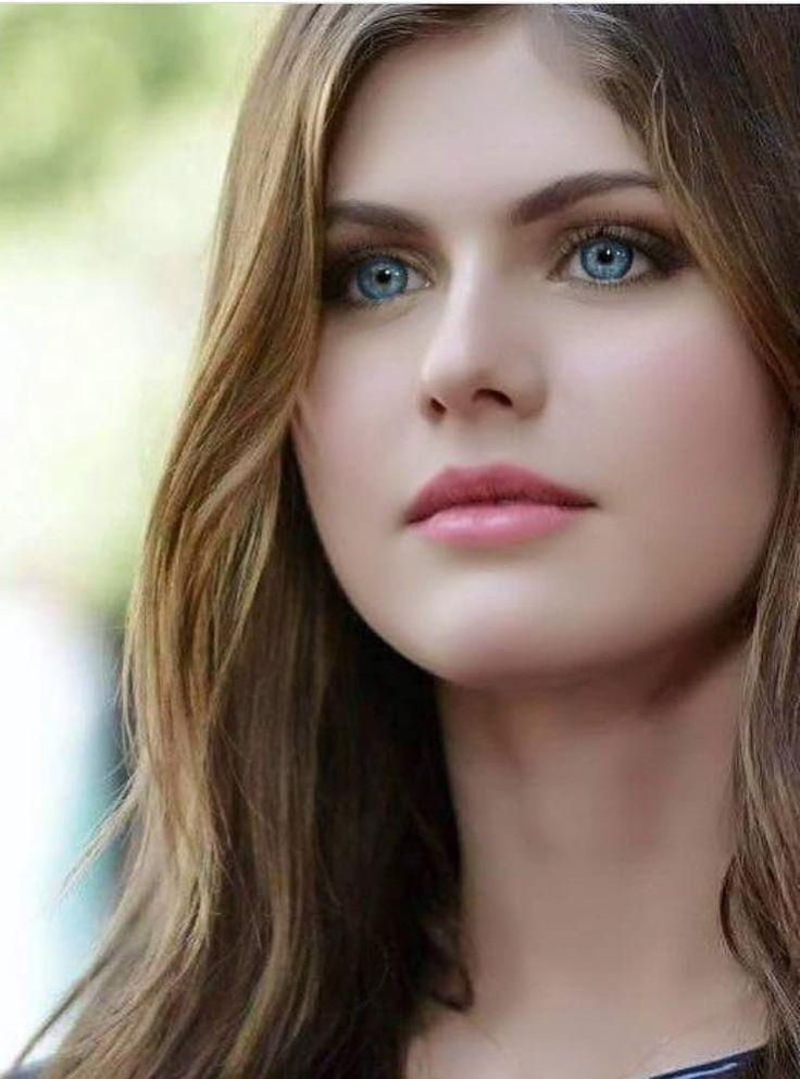 Alexandra Daddario ✾