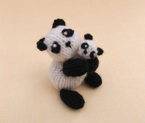 Panda Bear Knitting Pattern : Knitted panda Knitted animals Pinterest
