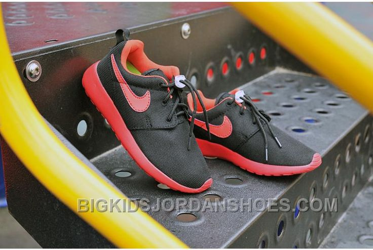 http://www.bigkidsjordanshoes.com/kids-roshe-run-black-red.html KIDS ROSHE RUN BLACK RED Only $50.00 , Free Shipping!