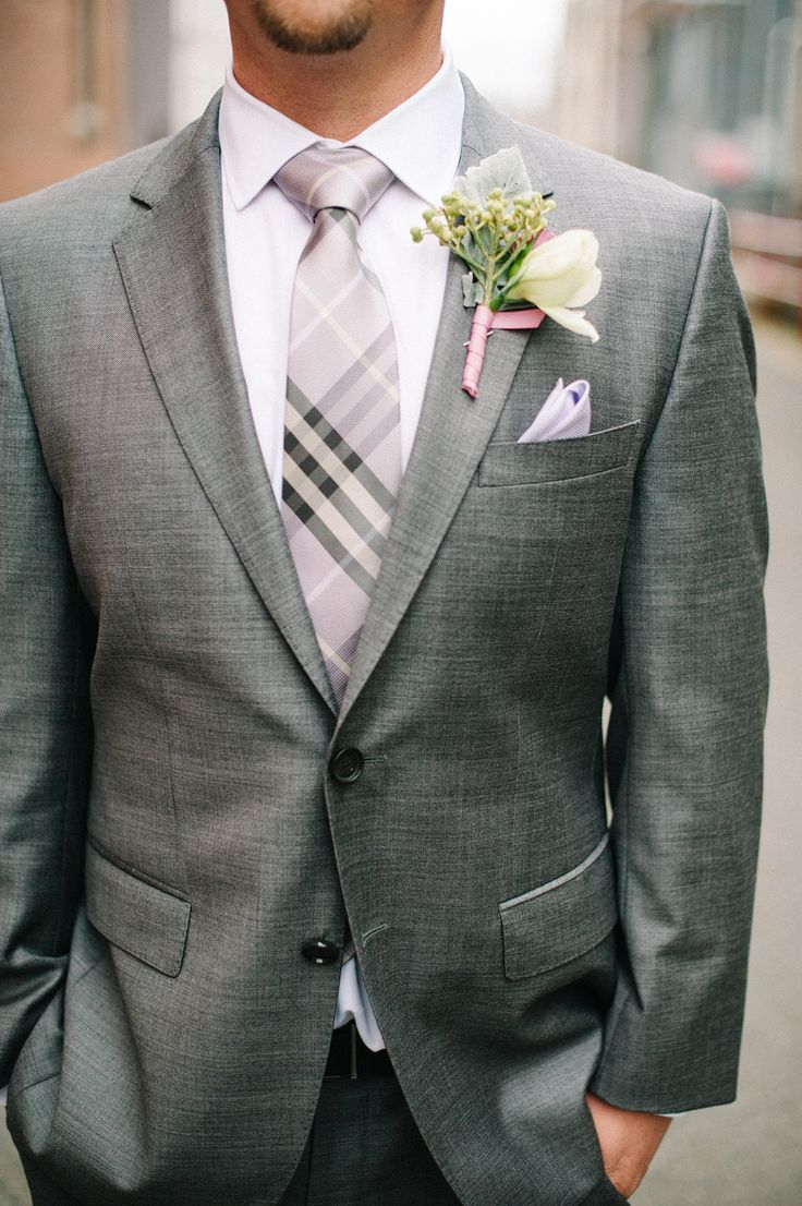 Love this look for the groom. Photo by Daniel Cruz Photography. www.wedsociety.com #groom