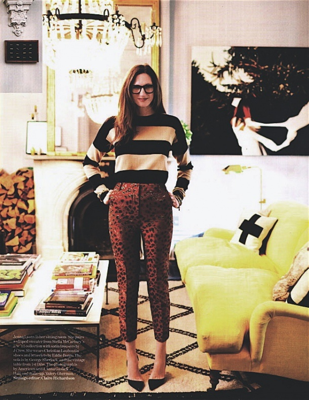 Jenna Lyons is not scared of mixing patterns, the bold basic stripes act in according with the smaller pattern in the pants.
