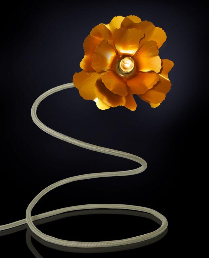 SOLD Helena Christensen Gold Flower Table Lamp Second Hand { €35 }