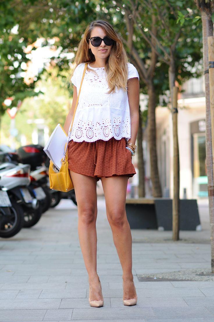 2015 blouse & shorts: Zara /bag: Adolfo Dominguez  /shoes:  Louboutin