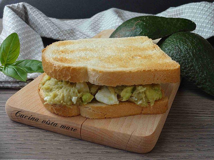 Toast+con+crema+di+avocado