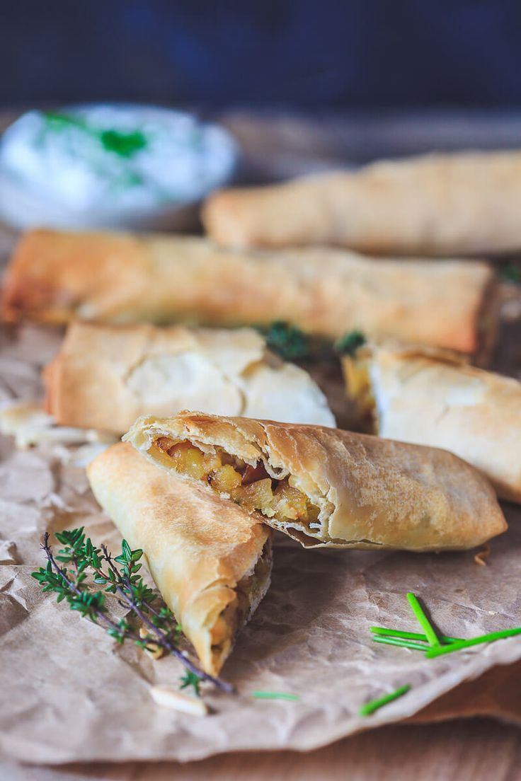 These 3-ingredient Vegan Crispy Potato Leek Rolls are simply amazing and are the perfect delicious lunch or snack!   Vibrant Plate