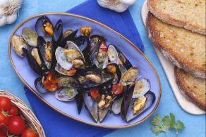 Ricetta Cozze alla marinara - Le Ricette di GialloZafferano.it