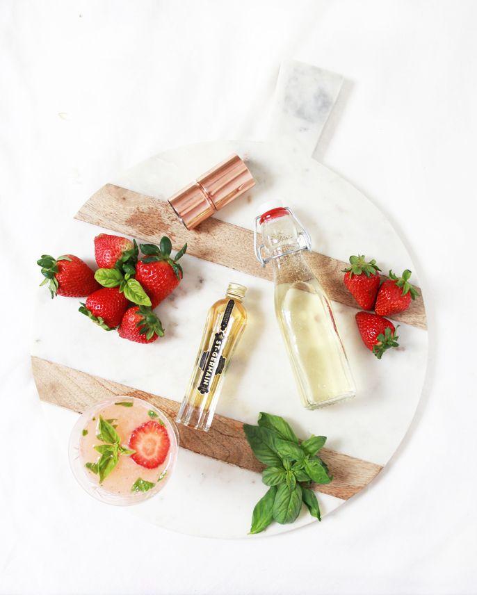 Strawberry Basil Mimosa | mimosa recipes, cocktail recipes, brunch recipes