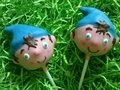 Noddy pops