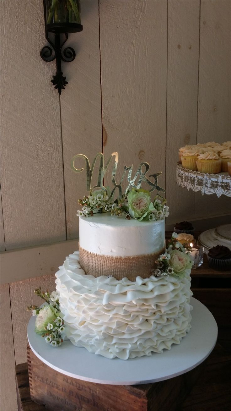 180 best images about Wedding Cakes at Barn at Boones Dam ...