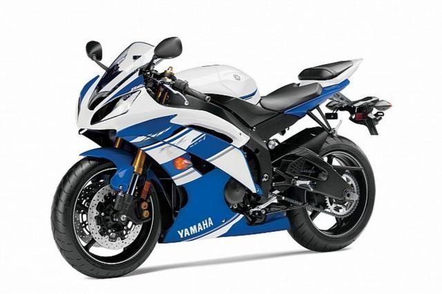 Yamaha R6: nuovi colori 2014 Yamaha R6 2014, arrivano nuove grafiche e nuove colorazioni, ma la sostanza resta invariata. Per vedere la nuova R6 bisognerà attendere ancora un po': si parla del 2015 - See more at: http://www.insella.it/news/yamaha-r6-nuovi-colori-2014#sthash.mxpm091A.dpuf