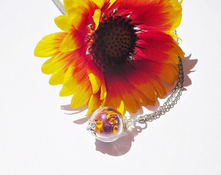 Blütenschmuck - Echte Blüten Kokardenblume Kette 925er - ein Designerstück von flowerring bei DaWanda