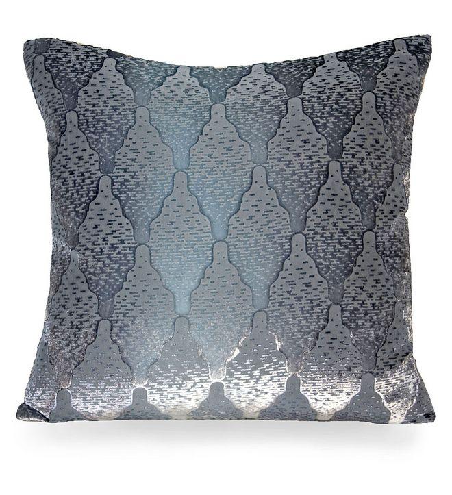 Decorative Bed Pillows Pinterest : 291 best Pillows images on Pinterest Decorative pillows, Throw pillows and Decorative bed pillows