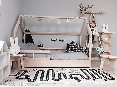 die besten 25 hausbett kind ideen auf pinterest pinkes kinderbett kinder betten mit. Black Bedroom Furniture Sets. Home Design Ideas