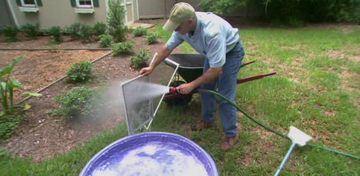 Cleaning Window Screens - Window screens become dirty over time and need to be cleaned. By putting the screen in a mixture of water and detergent, the dirt will lift right off. Watch this video to find out more...