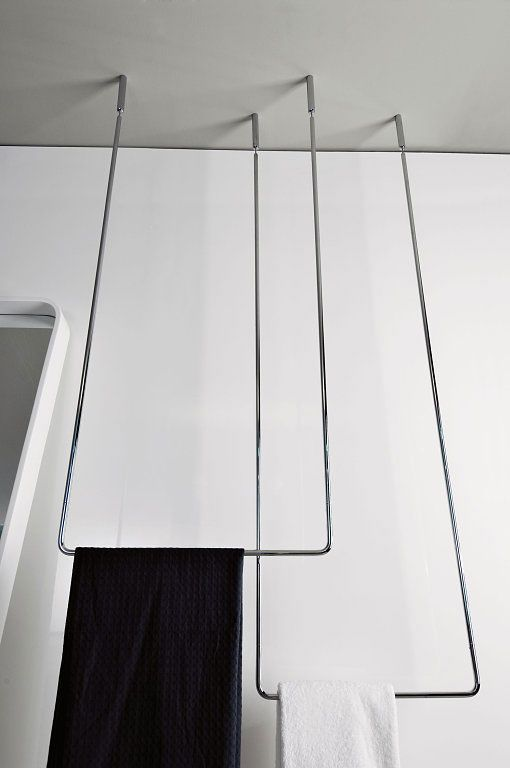 Bathroom accessorises: Towel rack Goccia by Gessi
