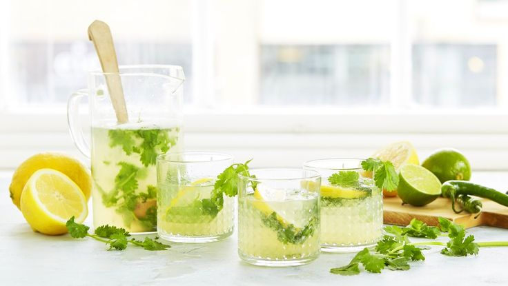 Lemonade med koriander og grønn chili
