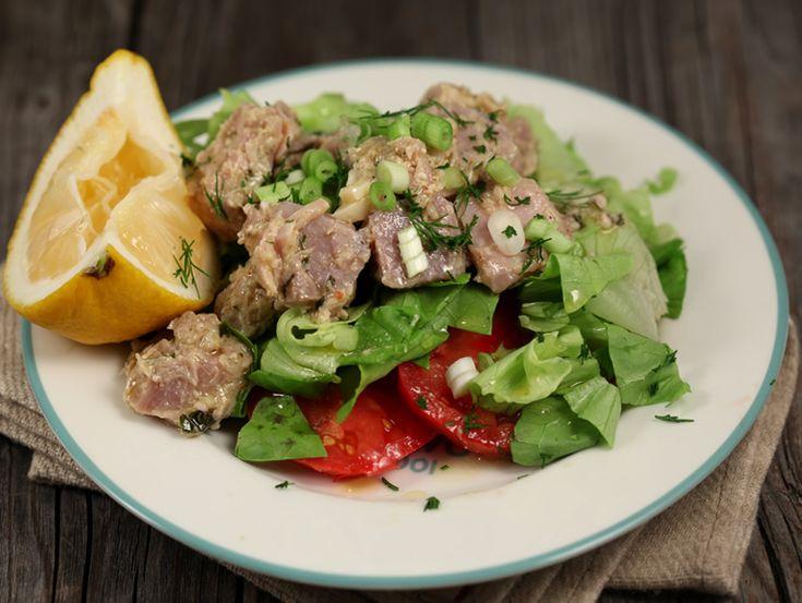 Salata de ton proaspat