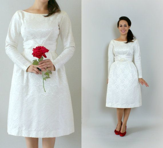 Vintage Wedding Dresses 1960s: 60s Mod Short Wedding Dress