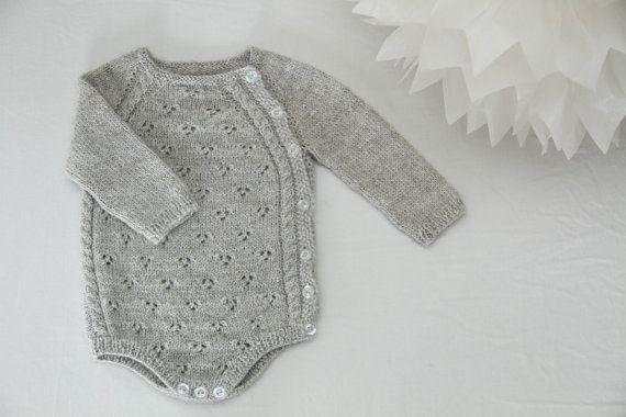 Tiriltunge Nyfødt body (Norwegian pattern)