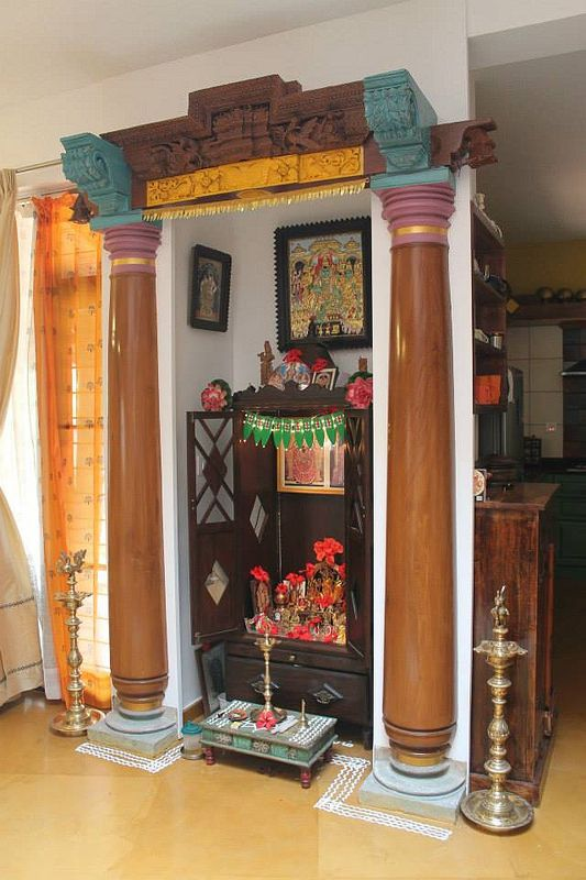 pillars at the entrance of pooja room