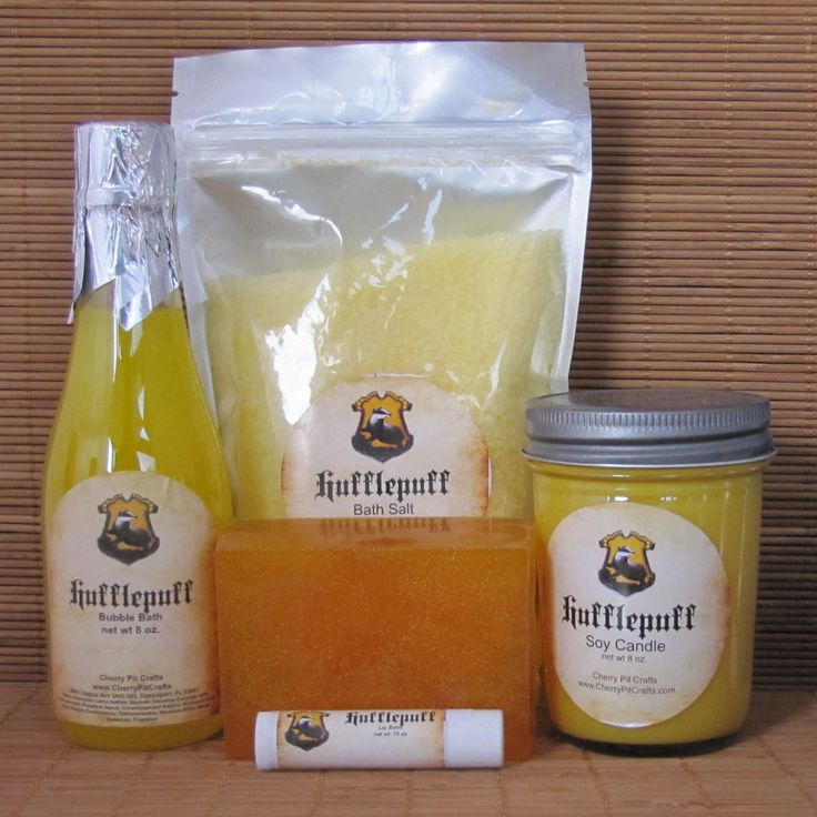 Harry Potter Themed Hufflepuff Gift Set - Bath Salt, Soy Candle, Soap, Lip Balm and Bubble Bath