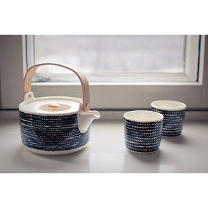 http://www.produits-scandinaves.com/3259-thickbox/theiere-in-good-company-marimekko.jpg
