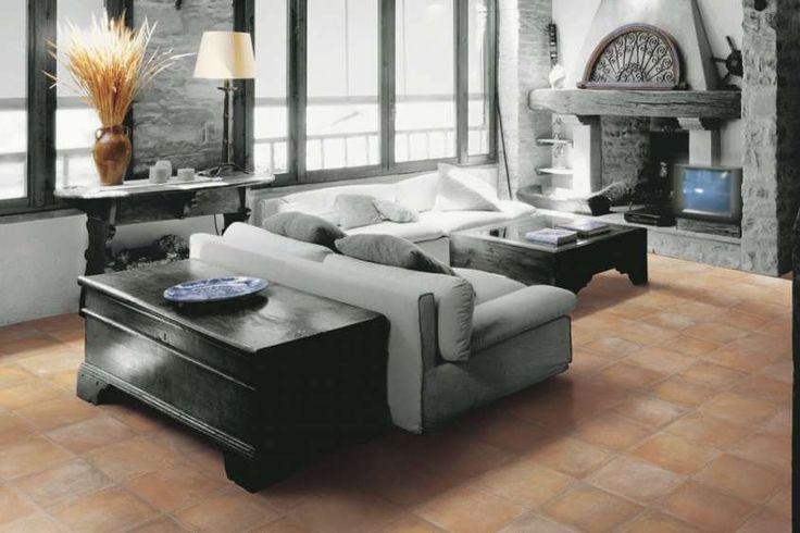 Arredare casa con pavimento in cotto - Pavimento in cotto e divani moderni
