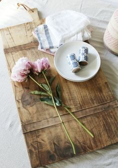 How to Age Wood With Vinegar and Steel Wool - Honey n Hydrangea