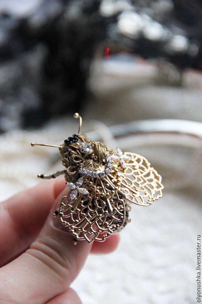 "Купить Брошь ""Muse Chopin.Classical music"" - золотой, бабочка, брошь, мотыль, муха, жук"