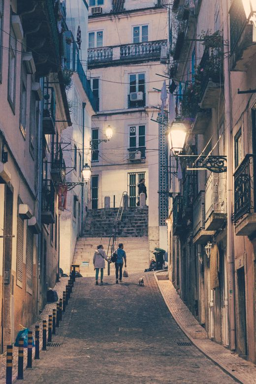 Walk with me in Lisbon http://www.teoinpixeland.ro/travel/lisbon-places-that-stole-my-heart