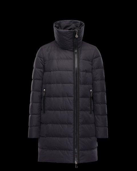 Moncler GERBOISE Zwart Lang donsjack. Lange jas met asymmetrische sluiting. Waterafstotende
