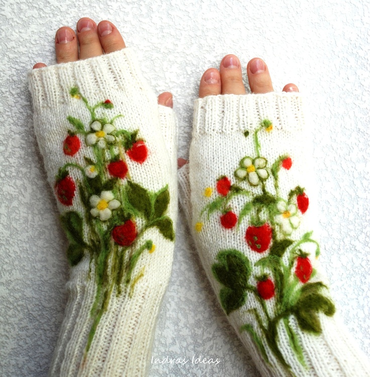 Inspiration: White fingerless gloves with felted strawberries -  So pretty!  Think of the possibilities!