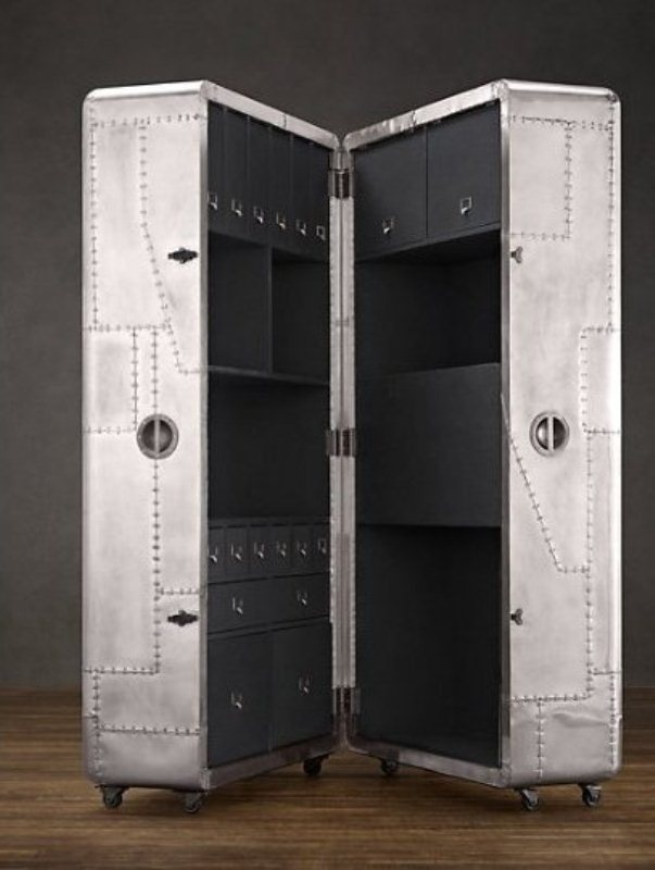Space-Saving Mobile Office – Blackhawk Secretary Trunk | DigsDigs