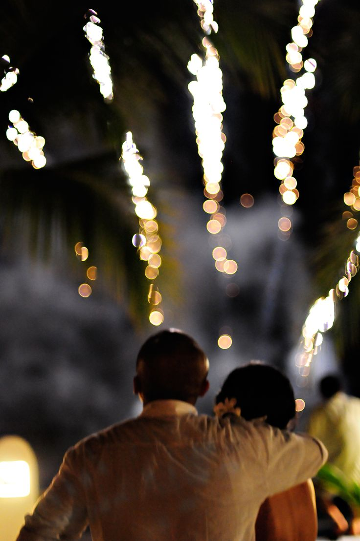 Celebrate your wedding with an amazing firework show! For more information and ideas visit us at www.costaricaparadisewedding.com