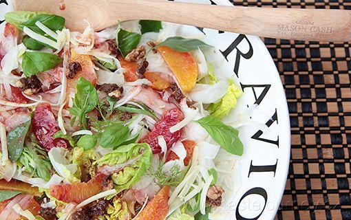 Salát+z+fenyklu,+s+pomeranči+a+bylinkami.+K+jarnímu+probuzení+i+na+zlepšení+nálady