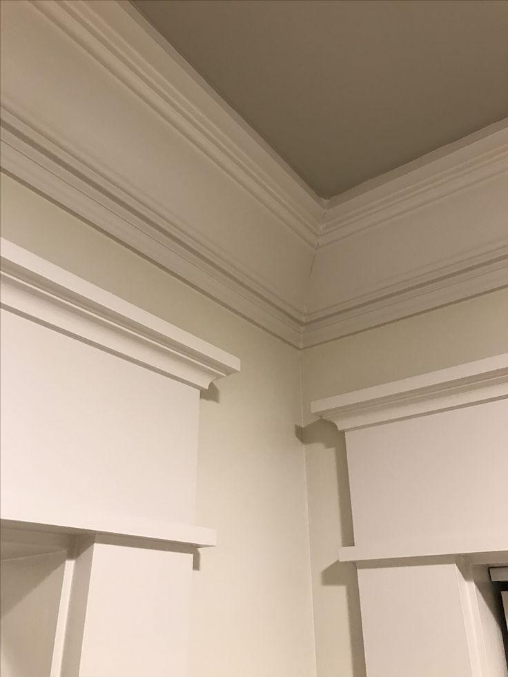 Completed Craftsman Inside Corner Showing 3 Piece Crown