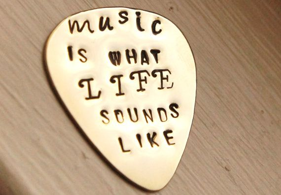 So true!: Custom Guitars, Hands Stamps, Guitar Picks, Gifts Valentines, Guitar Gifts For Him, Men Gifts, Music Lif, Guitar Lovers 333333, Crafts