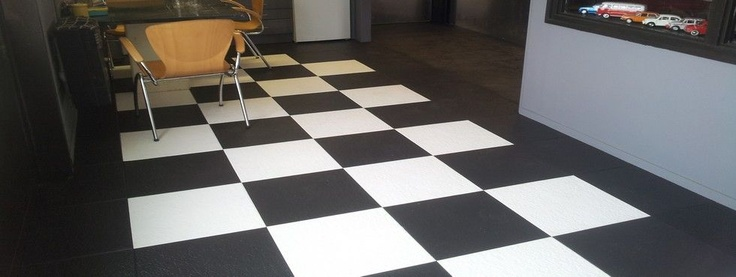 Black and White pvc tile. Lose lay floor 5 mm thick.