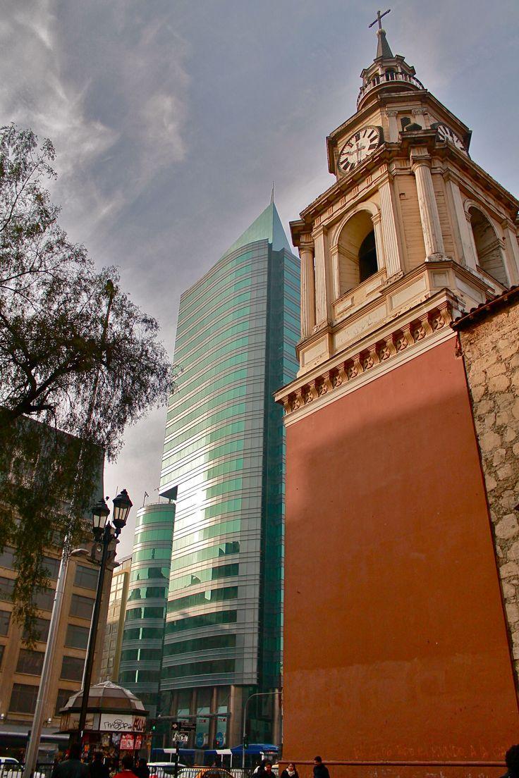 Increible paseito por mi barrio en santiago chile. Photo: Abraham Uauy